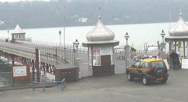 "HM Coastguards responding to a ""shout"" at Bangor Pier"