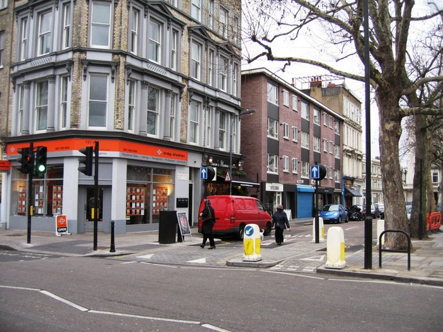 Barons Court Road & North End Road junction