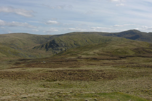 View south along Carn Hyddgen