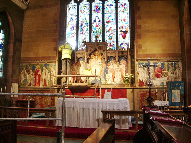 St James Church, Church, Altar