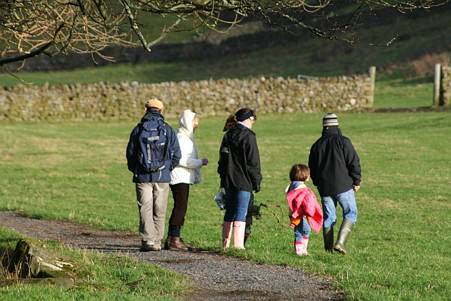 Family Day Out by the Wharfe