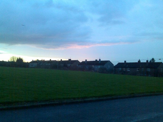 Linnvale housing from Onslow Road