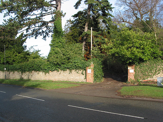 Entrance to Ledbury Tennis Club
