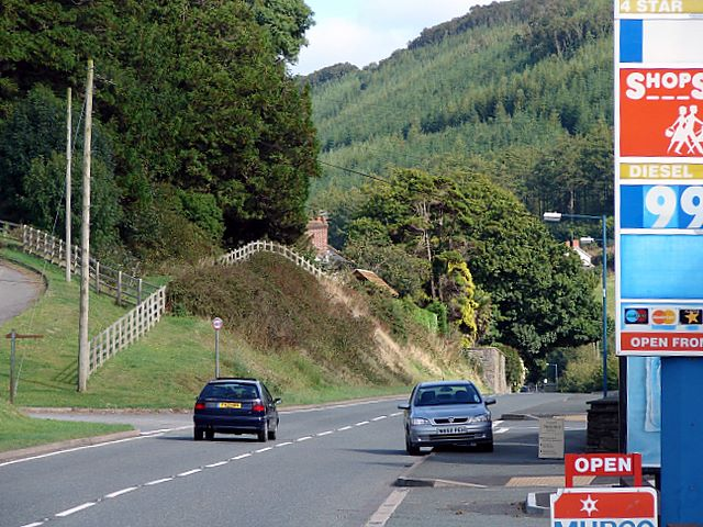 The A44 looking east