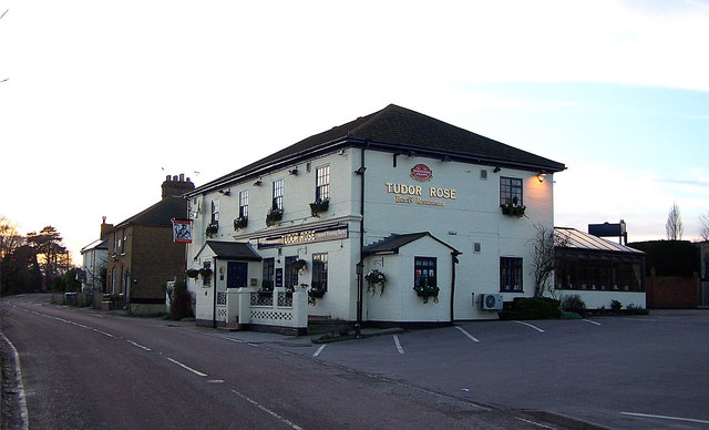 The Tudor Rose public house, Chestnut Street