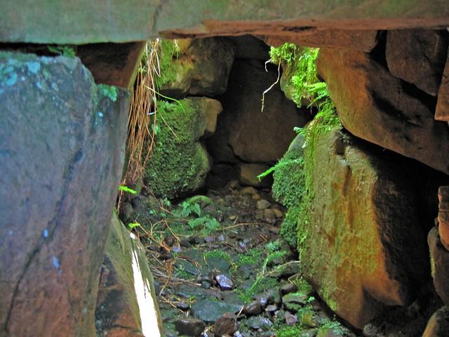Inside the Tungadale souterrain