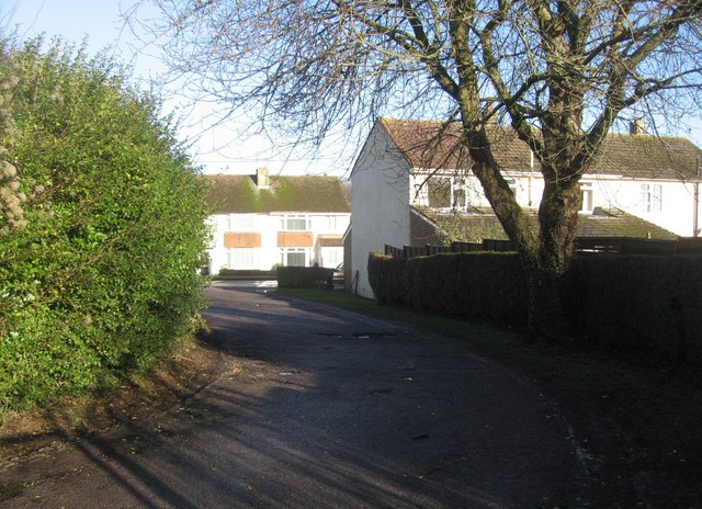 Access road off Upton Crescent