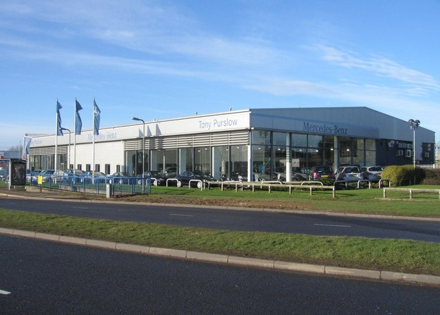 Mercedes-Benz Sales Room