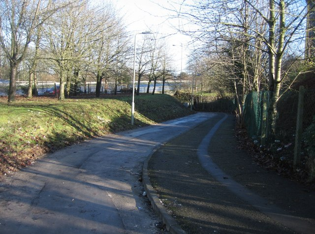 Footpath leading under the A33