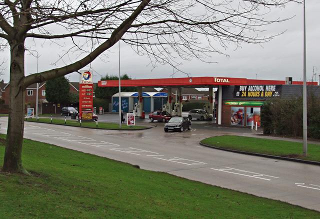 Filling station, Robson Way, Hull