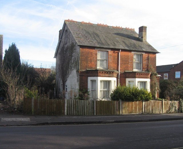 Old Town House on Vyne Road