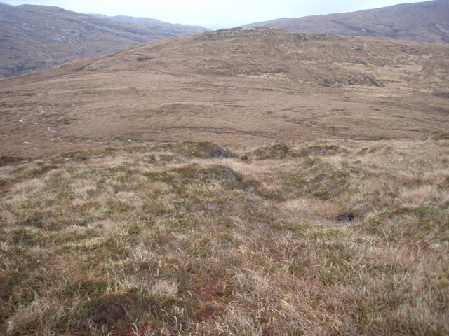 View along the ridge to Beinn Hurabhat