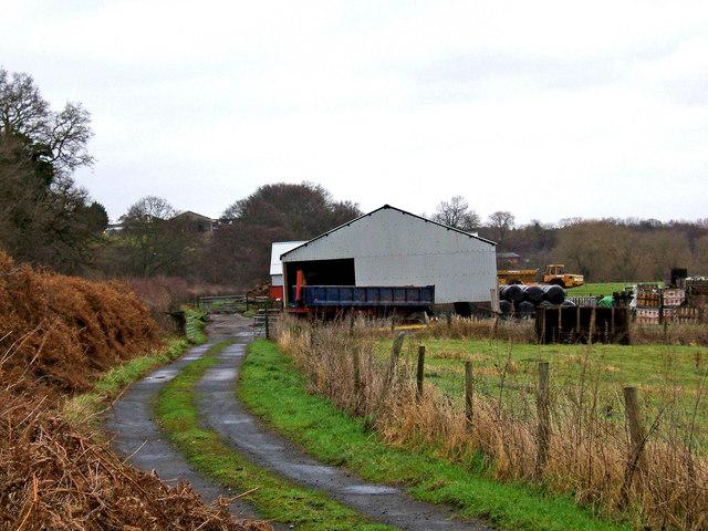 Farm buildings and farm road adjacent to Staffs & Worcs Canal