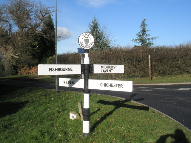Pretty signpost at Fishbourne