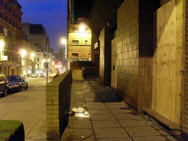 Buildings on West Nile Street