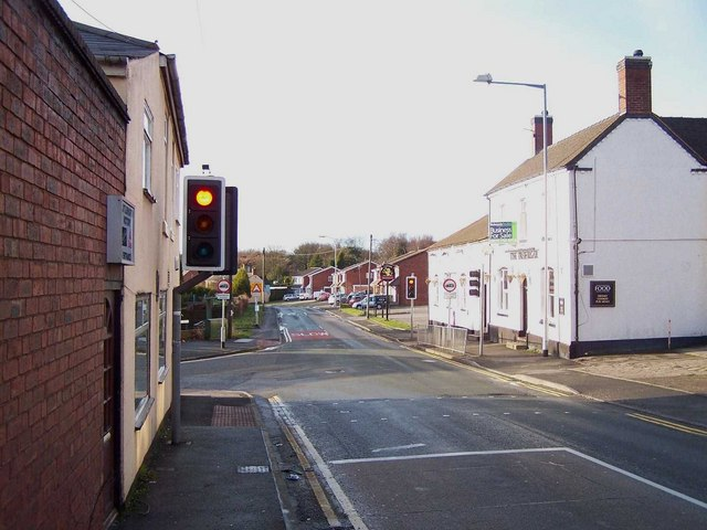 Traffic Lights, Littleworth Road