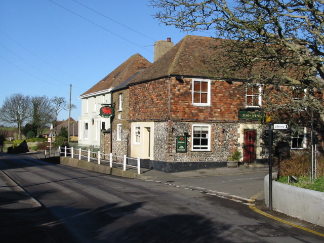 The Red Lion, St Margaret's at Cliffe
