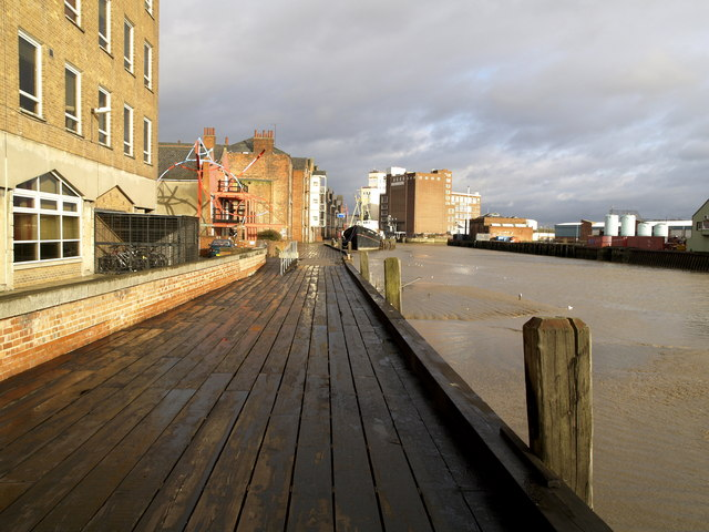 The River Hull bank in Hull