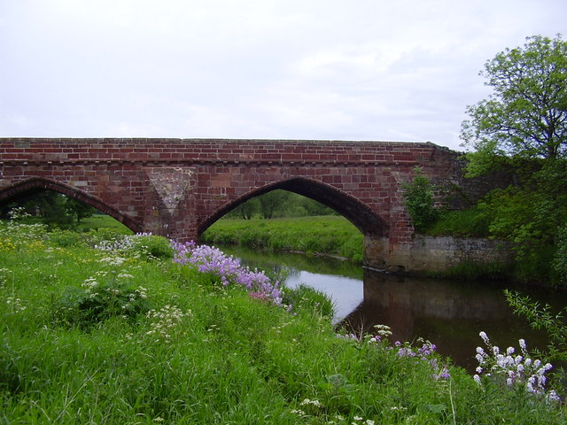 Abbey Bridge over Tyne near Haddington