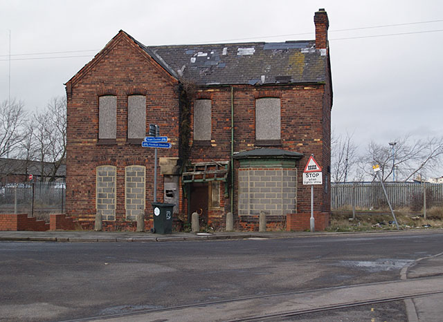 Derelict building near Whitehouse Crossing