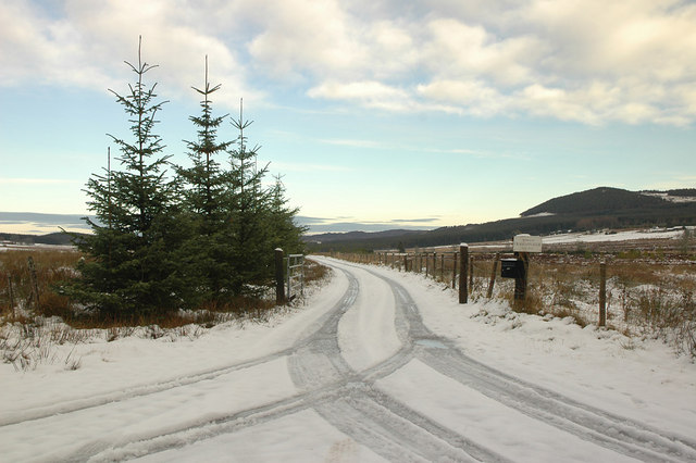 Entrance to private drive to Cragganvallie