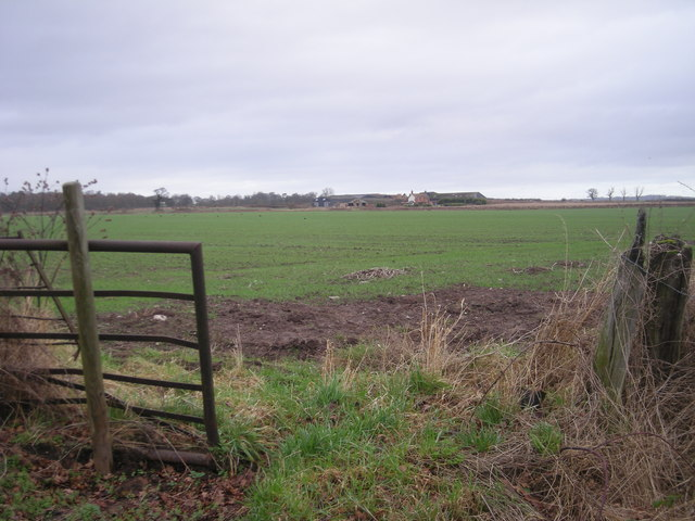 Farmland between Painsbrook and New House