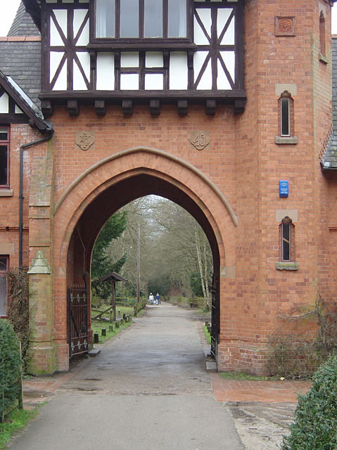 Bestwood Country Park - Main Drive at Alexandra Lodges