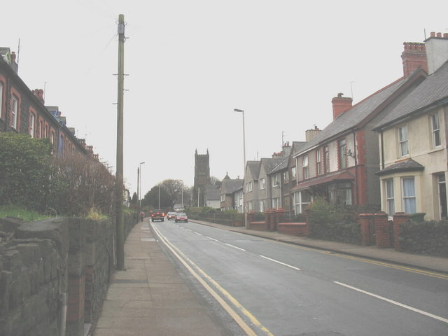 Caernarfon Road - looking westwards towards St David's Church