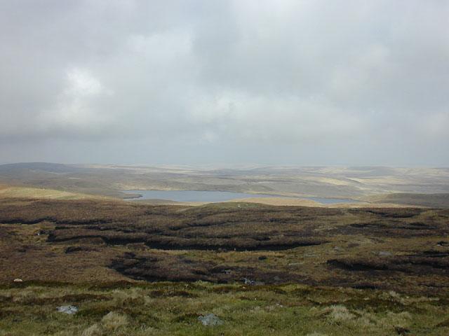 View towards Llyn Fyrddon Fawr from Carnyrhyrddod