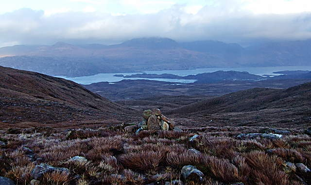 Cairn at the bealach between Inverbain and Applecross