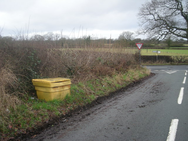 Junction with B5476 - Grit box ready for use.