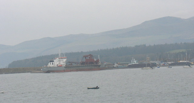 Shipping at Porth Penrhyn