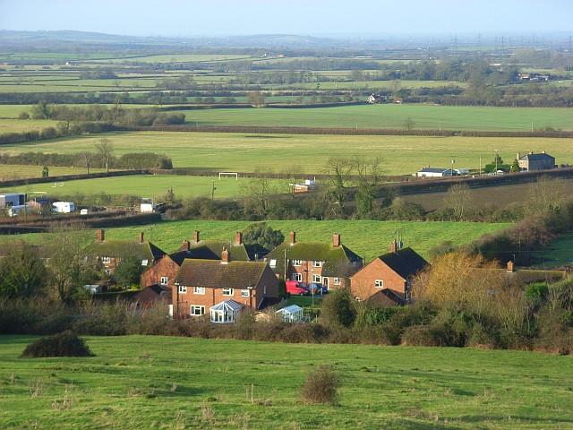 Houses, Quainton