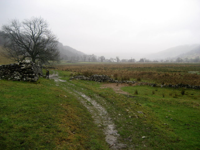 Dales Way below Lords Wood