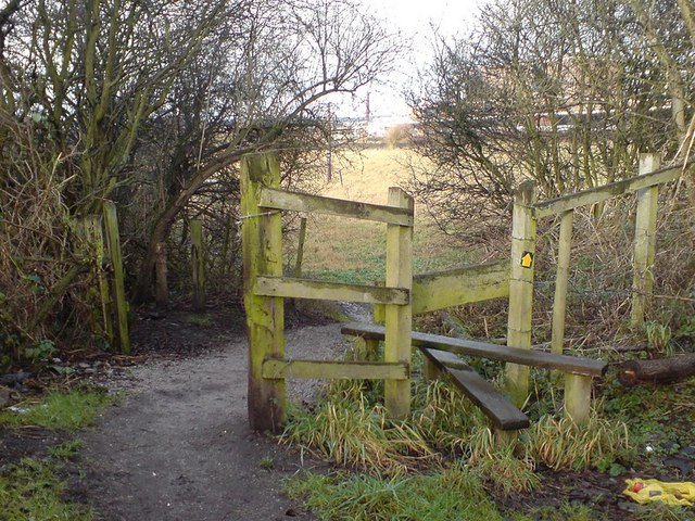 Unused stile by Calverley Lane