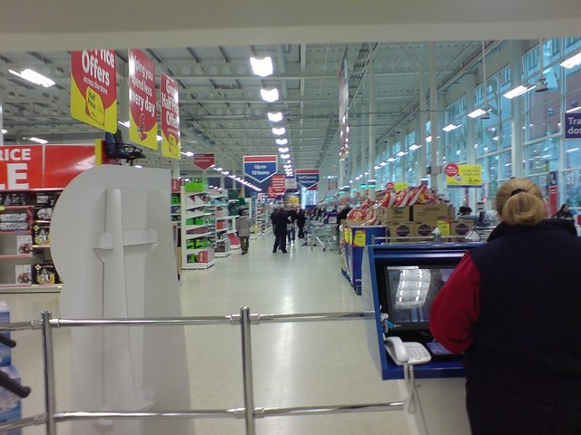 Checkouts at Tesco, St Stephen's Centre