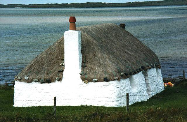 Struan Cottage and Traigh Bhalaigh