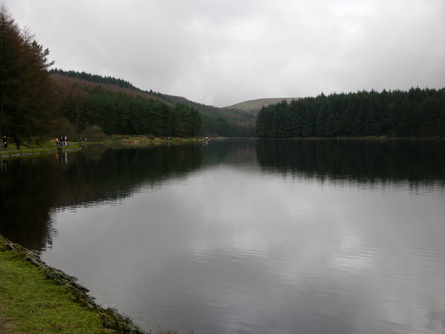 Turton and Entwistle Reservoir looking West