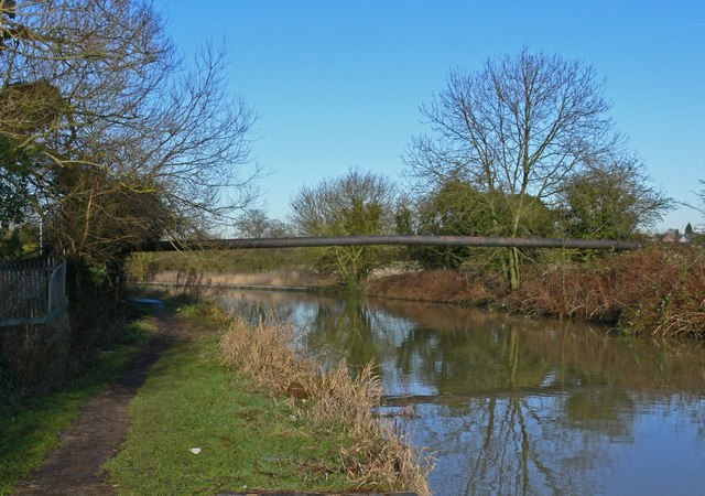 Pipebridge across the Ashby Canal
