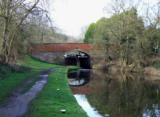 Staffordshire and Worcestershire Canal  at Gothersley Bridge