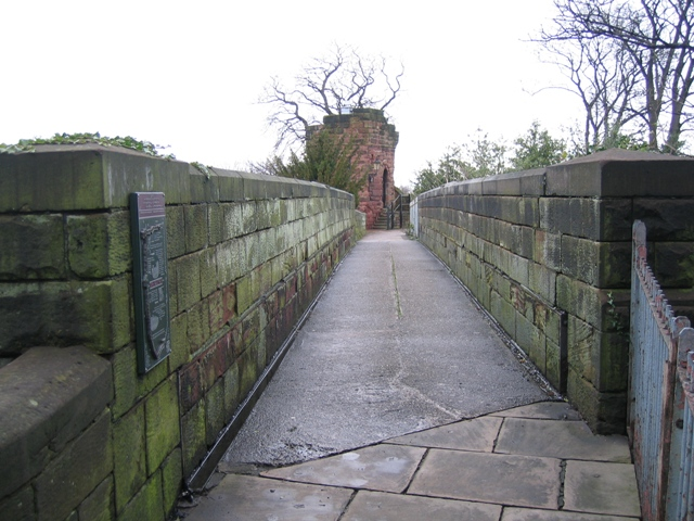The city walls and Bonewaldesthorne's Tower