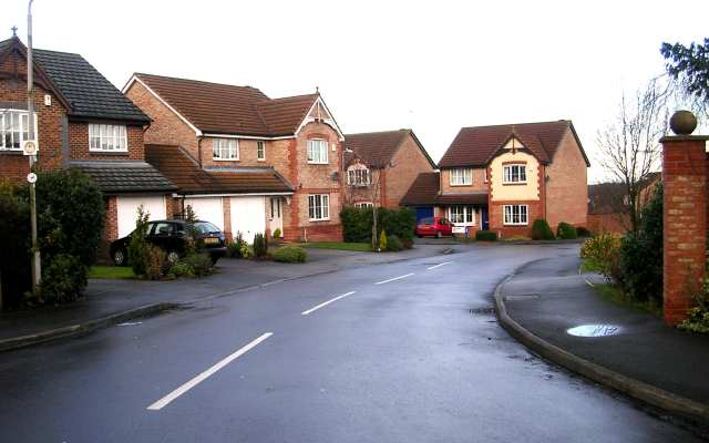 Chestnut Drive - Holt Lane
