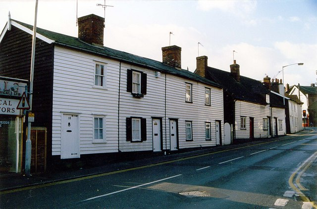 Cottages in Norsey Road, Billericay