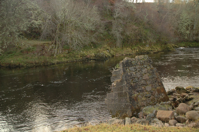 Bridge remains and the river Findhorn