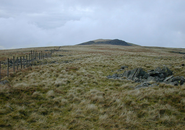 The ridge west of Rhiw Gwredydd