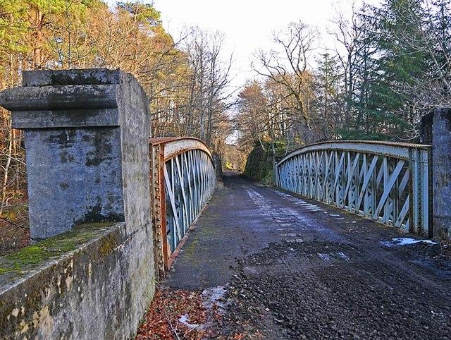 Bridge over River Earn on dismantled railway