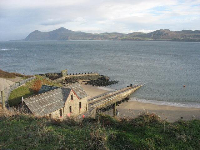 Porthdinllaen Lifeboat Station and Porthdinllaen Bay