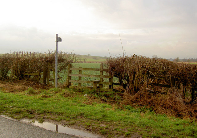 Footpath via stile near Beavercotes