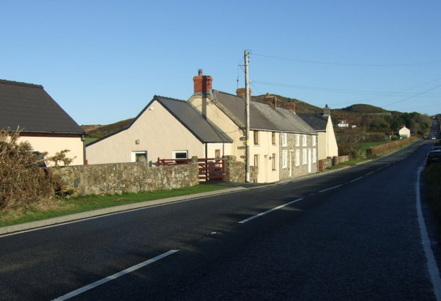 Ty Newydd cottages