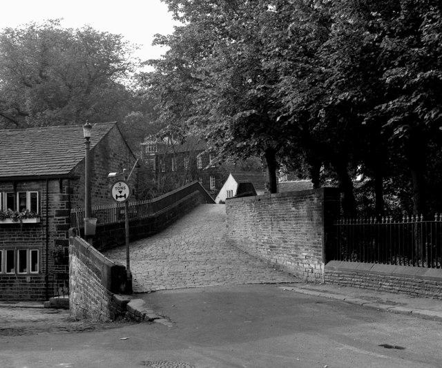 Old pack horse bridge, Ripponden, Yorkshire